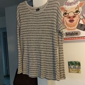 VOLCOM Gray Striped Sweater SZ Small